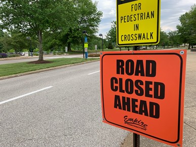 Road closed sign on University Blvd.