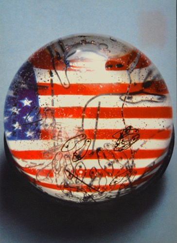 snow globe with the american flag